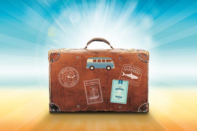 Wyjazdy międzynarodowe czy musimy podróżować osobistym samochodem?